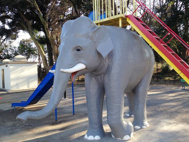 飛鳥山公園の象