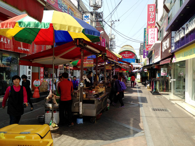 安東の商店街
